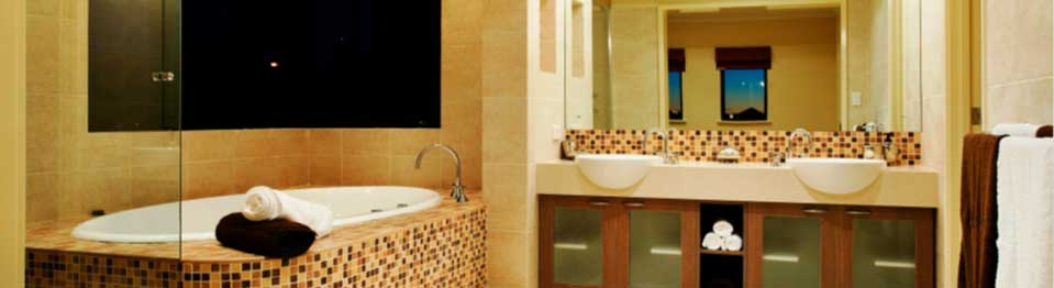 Bathrooms, kitchens, basements General interior and exterior renovation Detailed and specialised work